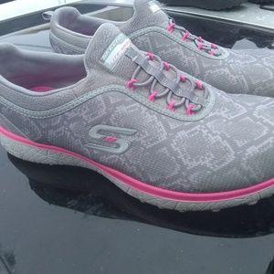 sketchers lightweight  memory foam shoes